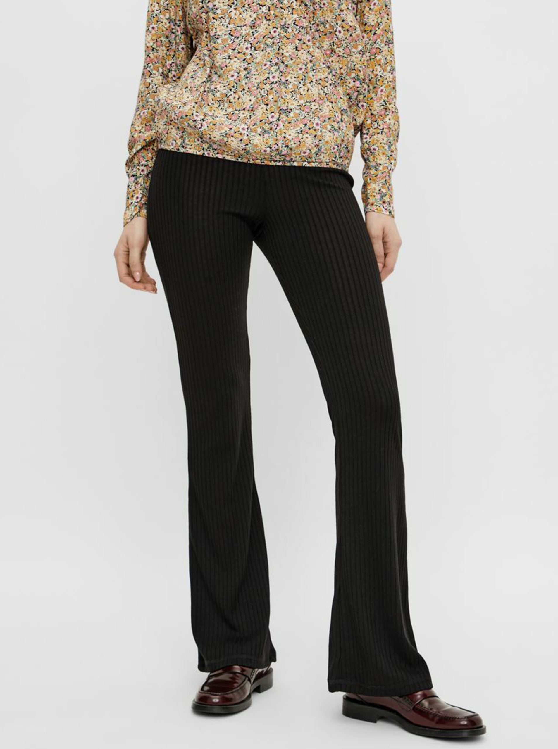Pieces negre flared fit pantaloni Molly